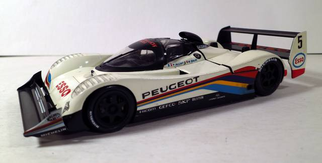 Peugeot-905-1
